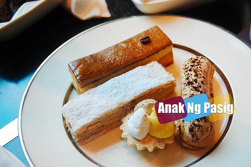 Have An Afternoon Tea Set At The Lounge, New World Hotel Makati