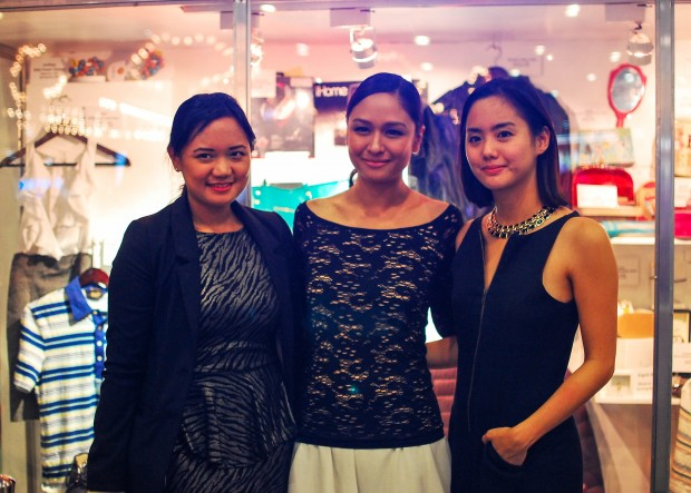 Share The Joy of Christmas at Ayala Malls