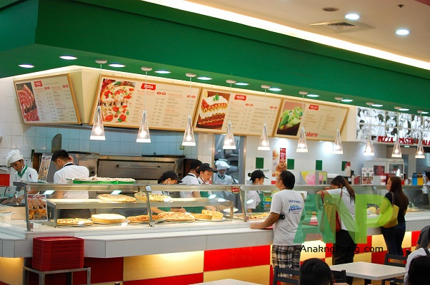 Mall of Asia's International Food Fest – Sbarro