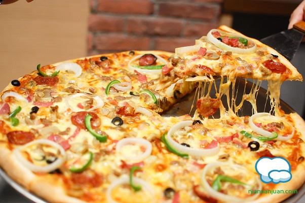 Brooklyn's Pizza 8