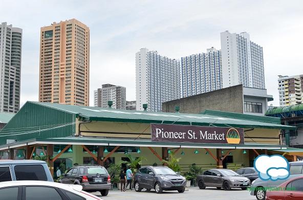 pioneer-st-market