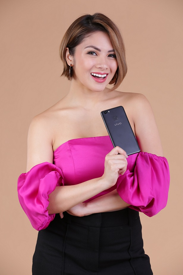 Ashley Rivera is thrilled with her Vivo V7+ Endorsement