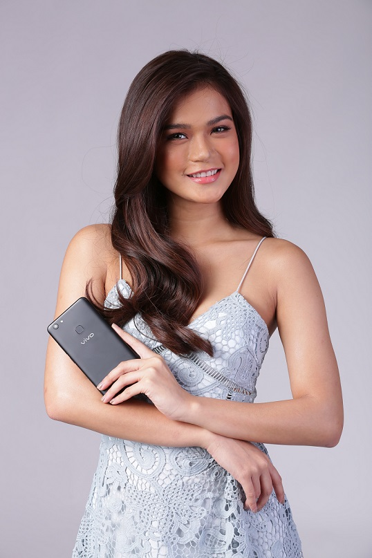Maris Racal is Amazed of the Vivo V7+'s Top-of-The-Line Features