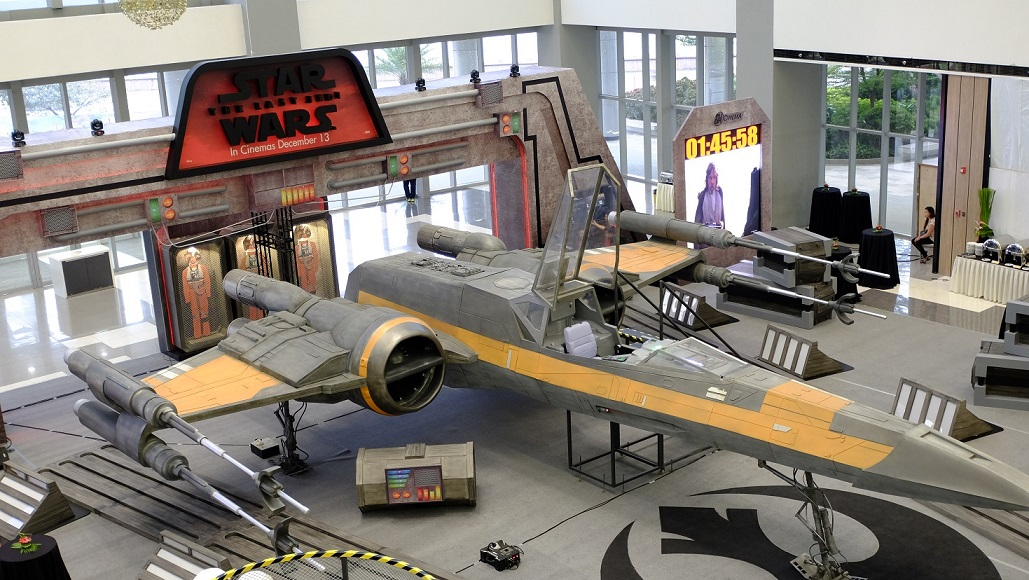 SM Cinema Installs Life-size Star Wars Starfighters in Malls