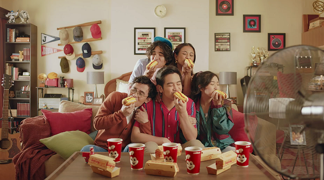 Joshua Garcia is back with another Jollibee #TodoSarap commercial