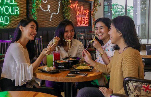 PayMaya Powers the Totally 'Cashless' Dining   Experience at Eatogether Food Hall