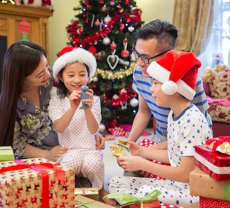 Christmas starts early with Samsung's Merrier Christmas Gifts for TV promo