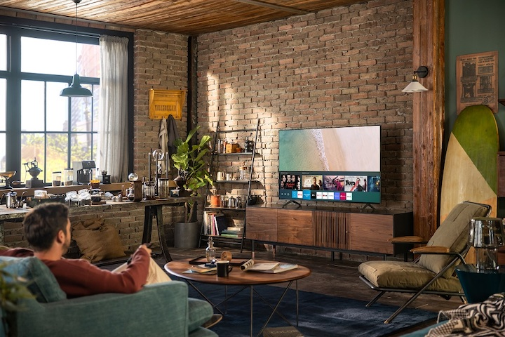 A Smarter Viewing Experience w/ Samsung's NEW TU8000 Crystal UHD TVs