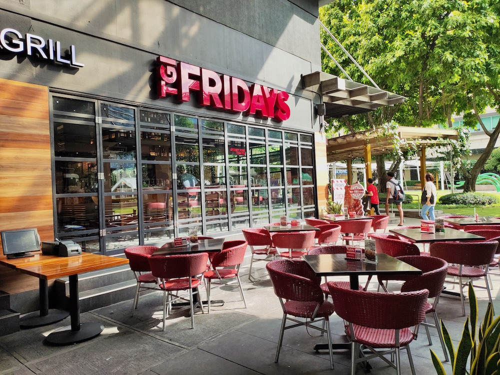 TGIFridays Celebrates Its 25 Years w/ Special Promos, Parties and Offers!